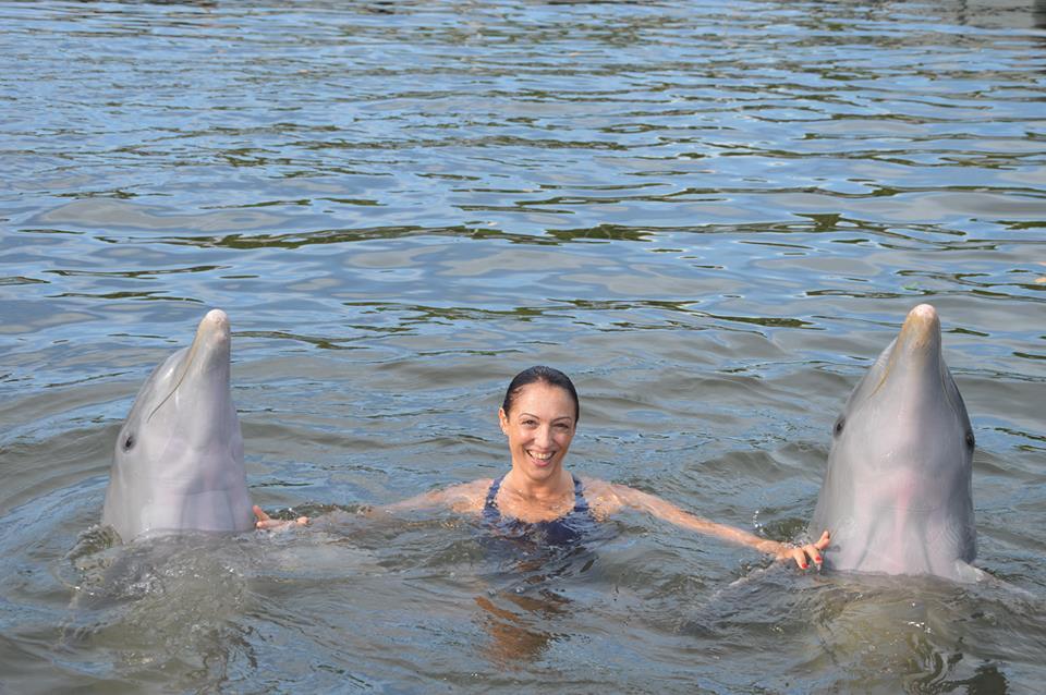 Monica Acciai e i delfini