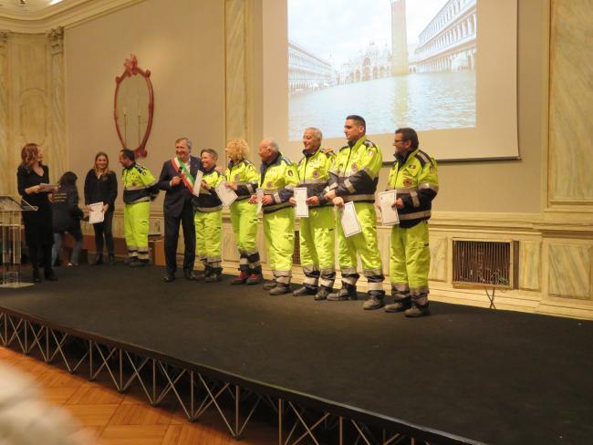 Dicembre 2019. Premiazione del Sindaco a riconoscimento del grande impegno dei Volontari sul territorio comunale